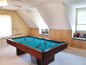 bonus room, game room in finished attic